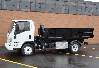 New Multilift XR5N Hooklift and Isuzu N-Series: Simple, Reliable and Efficient