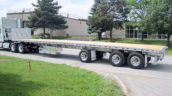 48' Galvanized Steel Tri-axle Ontario SPIF-Compliant Trailer for Moffett forklift