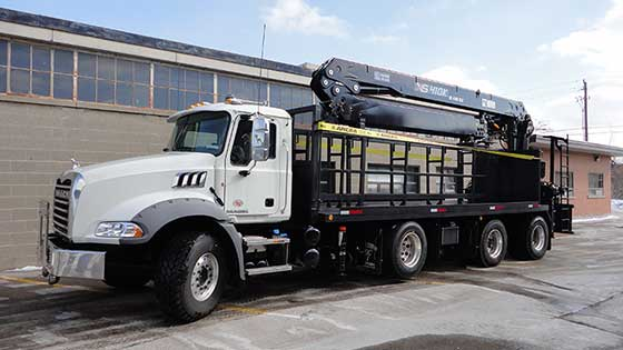 410K Crane on an Mack Truck - SOLD