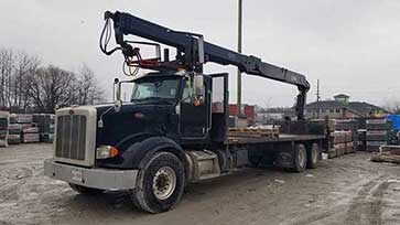 HIAB XS 255K-3 CLX Crane on Peterbilt Truck for Sale
